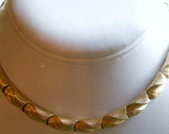 Trifari 2 tone gold Choker Necklace Gold 1970s