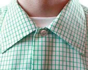 Mens Vintage Shirt - 70s Green White Checkered Short Sleeve Cotton Shirt Size M Medium 15 - 15.5  FREE US Shipping