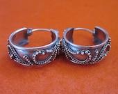 Awesome Balinese Sterling Silver Hoop Earrings / silver 925 / Bali Handmade Jewelry
