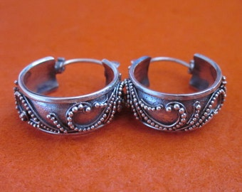 Awesome Balinese Sterling Silver Hoop Earrings / silver 925 / Bali Handmade Jewelry
