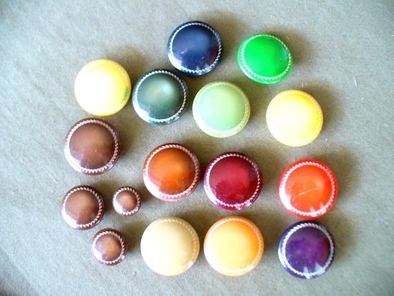 Vintage buttons, multicolor, round
