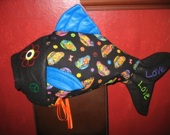 "60""s Love Bug fish costume-one size fits all"