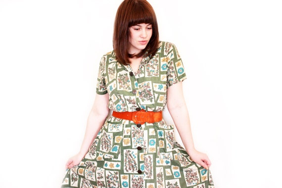 Vintage 50s House Dress - Green Floral Short Sleeve Day Dress with Pockets - L