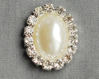 10 Rhinestone Buttons OVAL Pearl Diamante Crystal Hair Flower Clip Wedding Invitation Scrapbooking Ring Napkin Ring BT092