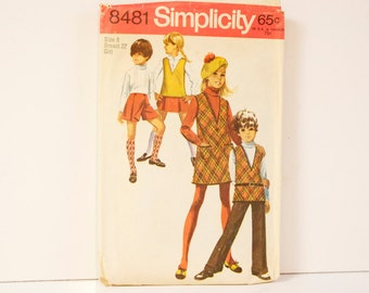 Vintage 1969 Simplicity Girl's Jumper or Tunic Bellbottom Pants and Mini Pant skirt Pattern 8481size 8