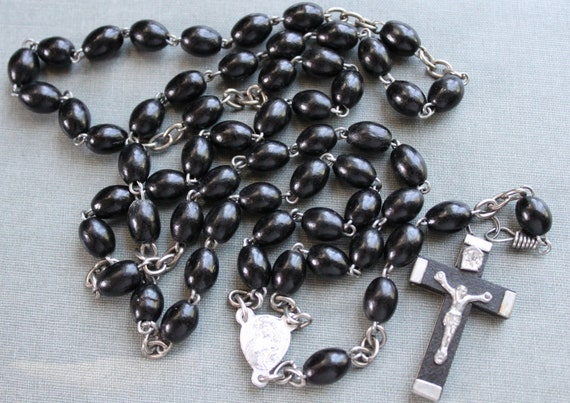 Vintage Polish Pilgrimage Rosary / The Black Madonna of Czestochowa