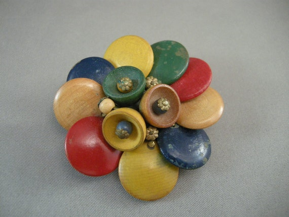 Vintage Deco Button Style Brooch Pin