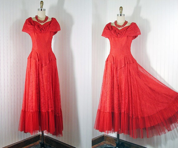 1930s 1940s Dress - Vintage 30s 40s Dress Red Chantilly Lace Evening Prom Party Wedding Gown M - Lipstick Kisses