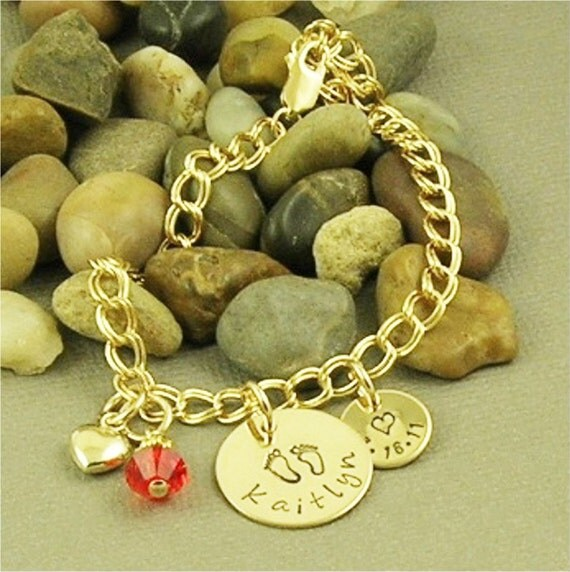 Personalized Mother bracelet, Hand Stamped 14kt Gold Filled Jewelry, Charm Bracelet