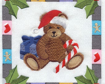 CHRISTMAS BEAR SQUARE- Machine Embroidered Quilt Block (AzEB)