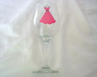 Handpainted Bridesmaid Wine Glass Personalized, Bridesmaid Favor, Wedding Attendant Gift, Bridesmaid Gift, Personalized Wedding Gift