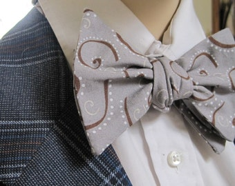 Brown Swirling Bow Tie