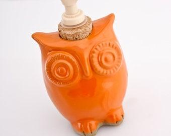 Ceramic soap dispenser - Owl Soap dispenser - eco friendly -bHandmade Pottery - Lotion Dispenser - Kitchen Pottery - Bath pottery