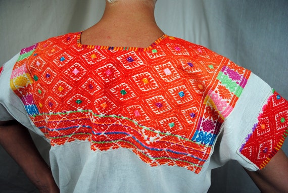 Vintage Guatemalan Ethnic Embroidered Huipil Top