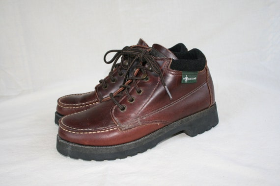 Vintage EASTLAND Hiking Ankle Boots Womens 7 - Vibram Soles - Walking - Lace Up