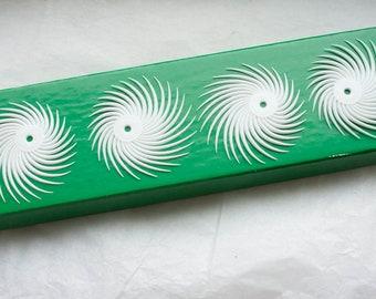 12 Vintage 1950s Pinwheel Plastic Finding // White