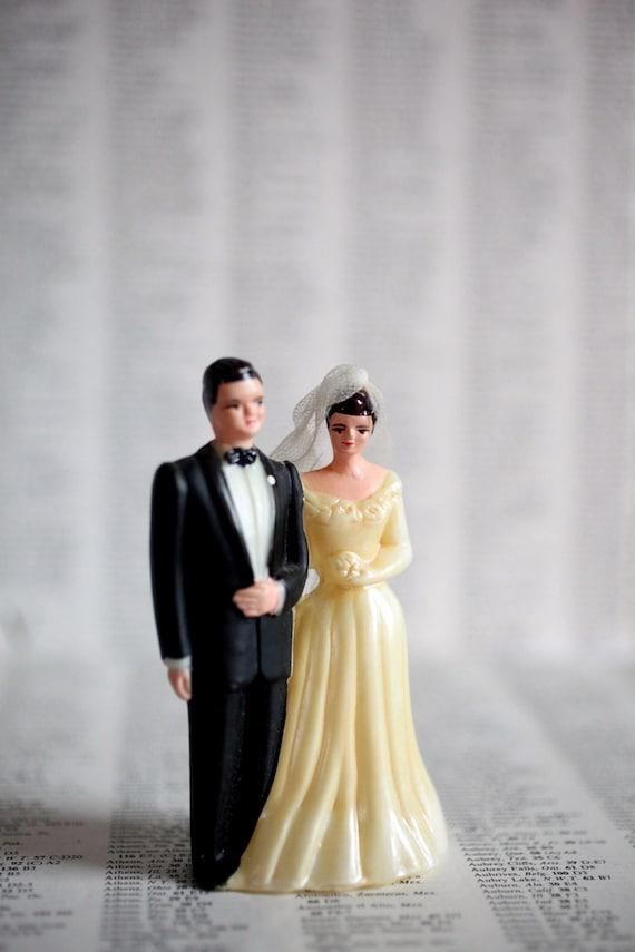 Vintage Bridal Couple Cake Topper