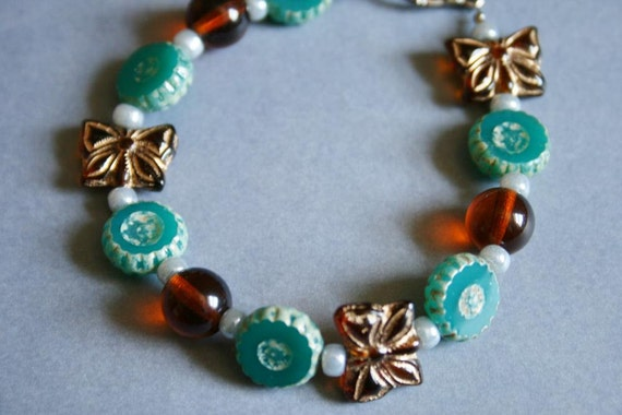 Butterfly Beaded Bracelet - Emerald Green - Topaz - Bead Soup Jewelry