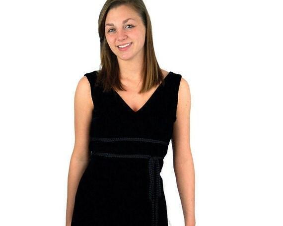 Vintage black velvet dress, classic black dress, v neck, lbd, 1970s 70s,  Size S