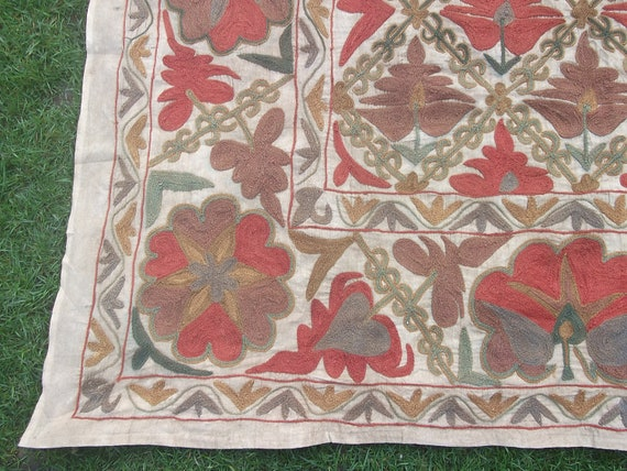 Beautiful Uzbek Embroidered 6  x 5 ft Bukhara Suzani/ Bed cover/ Wall hanging. Natural tones.