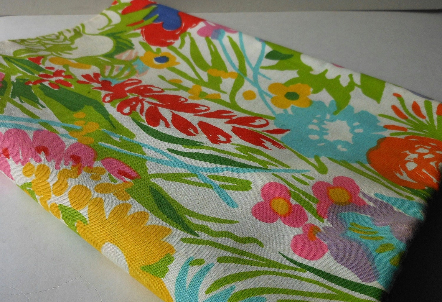 Vintage retro tropical floral fabric pink green turquoise for Retro fabric