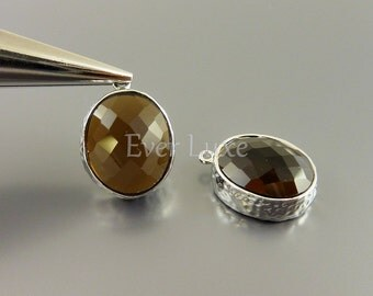 2 smoky quartz brown oval glass in hammered bezel setting for jewelry making / glass beads charms 5074R-SQ (silver, smoky quartz, 2 pcs)