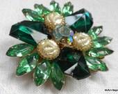 Judy Lee Faux Pearl and Green Rhinestones Brooch Gammatic Stones