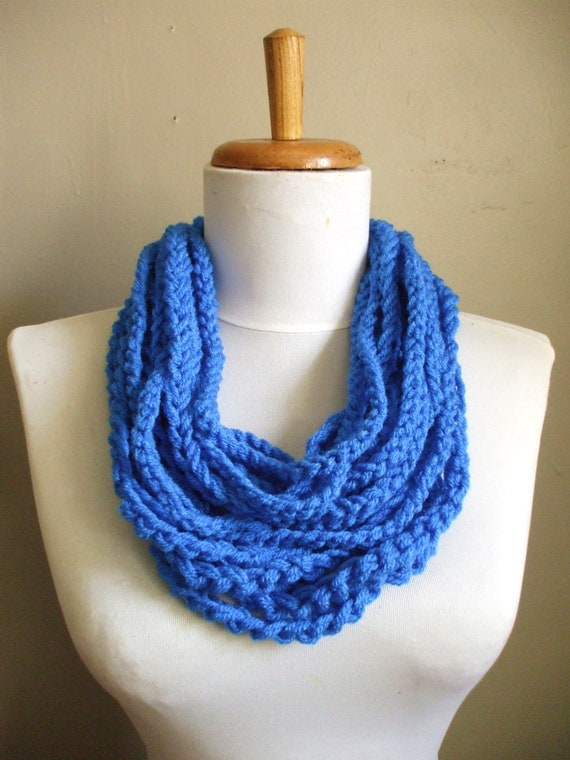 The GODDESS Scarf Crochet Chain Scarf Necklace Neckwarmer Womens Scarf Circle Scarf BLUE Ready to Ship