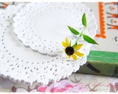 Doilies Round 5 inch (240pcs). Perfect for packaging presentation, bakery, favor, wedding, bridal shower, party, thank you, photography prop