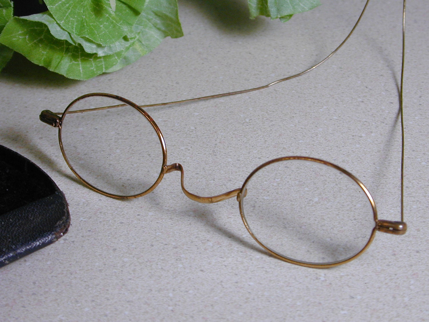 Wire Eyeglass Frame : Antique Wire Frame Eyeglasses with Case