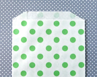 "Green Polka Dot Paper Bags - Candy Buffet, Party Favor, Wedding Favor - 5 x 7"" Medium Goodie Bags (set of 25)"