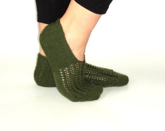 Handknitted ,wool ,green ,slippers,wool slippers