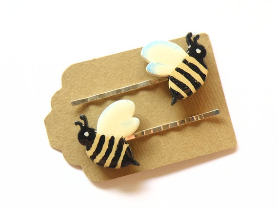 Country bobby pins - Wooden bee hair pins - SET OF 2 - Funny bees thorugh your hair
