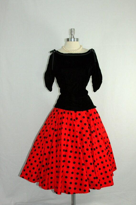 1950's Skirt - Vintage Red and Black Polka Dot Cotton CIRCLE Swing SKIRT