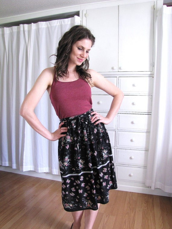 Vintage 1970's Black Boho Floral and Butterfly Print Accordion Pleated Skirt
