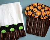 Halloween Cupcake Hot Pad with Matching Ruffled Hand Towel (Halloween Pumpkins, Green Dots and  Orange Stripes)