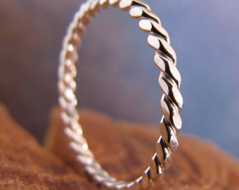 Skinny Square Rope Stack Ring