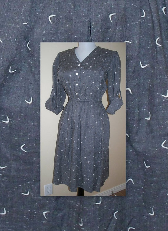 reserved for sabrina please do not buy unless you are her.   VINTage 80s dark gray and white secretary indie dress