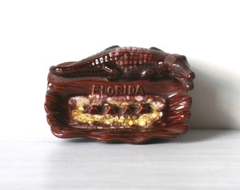 Florida Alligator Souvenir Ashtray