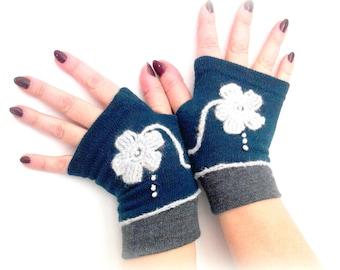Fingerless  gloves  dark turquoise  with  flower