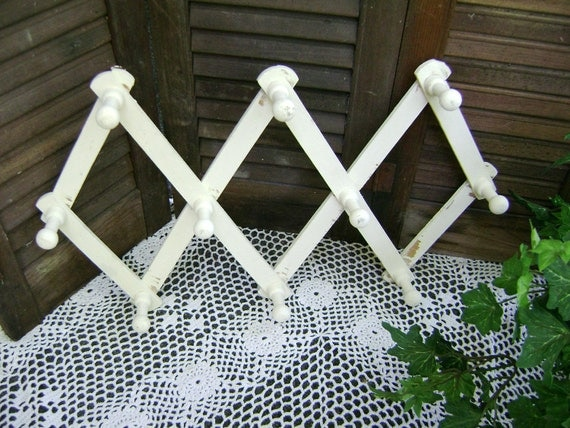 Wooden Peg Rack, Adjustable, Jewelry Rack, Cup Rack, Shabby, Distressed, Chic, Upcycled