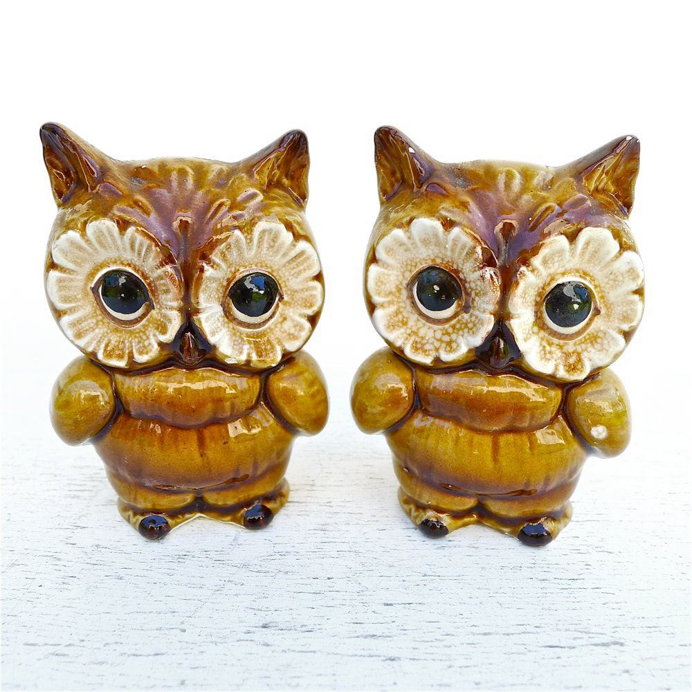 Vintage Lefton Owls Salt And Pepper Set