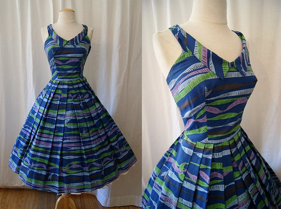 Adorable1950's cotton novelty print sun dress by Tabak of California bombshell chic Mad Men - Size Small