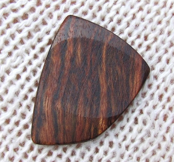 Wood Guitar Pick - Handmade Exotic Caribbean Rosewood Premium Guitar Pick