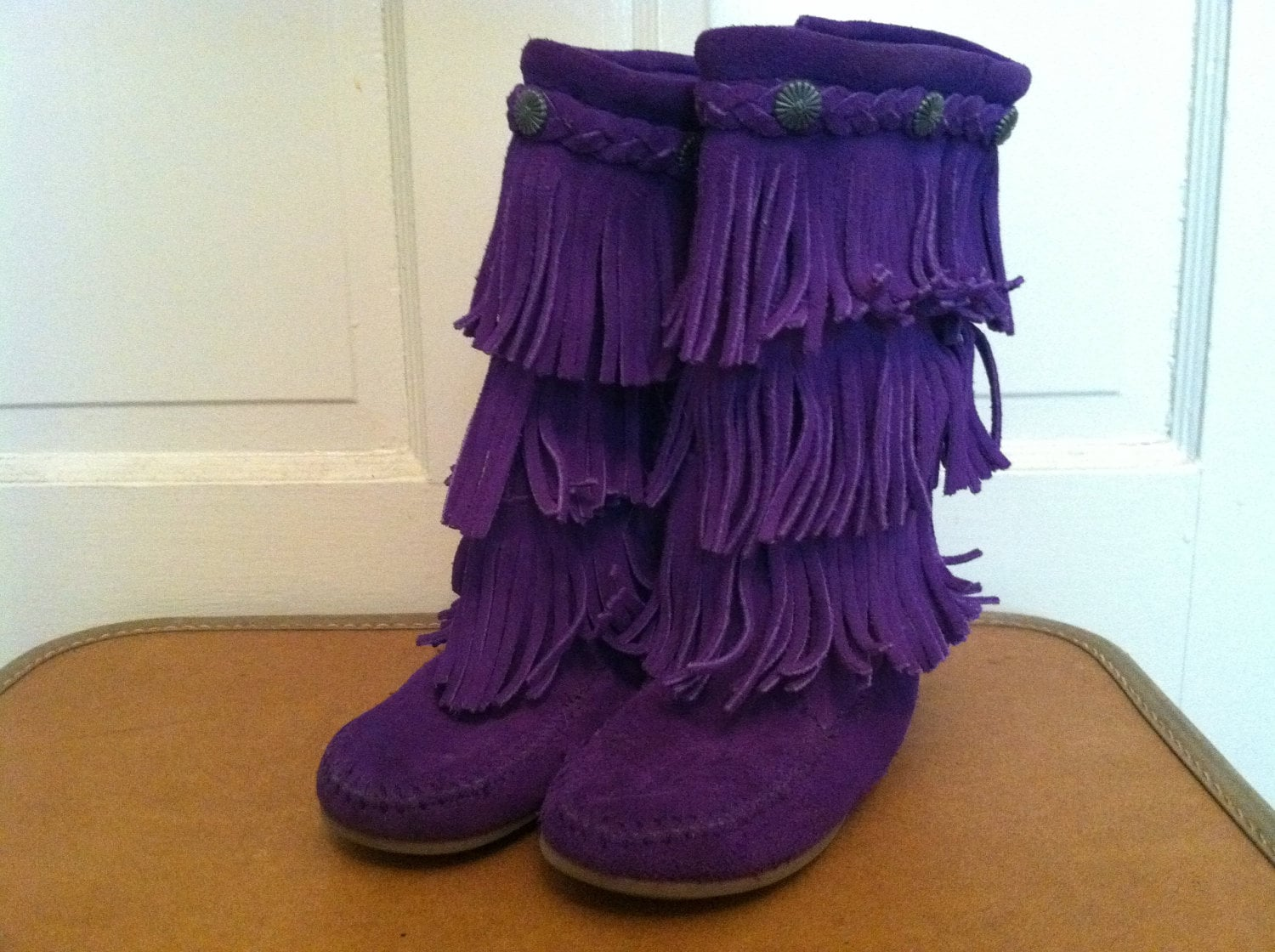 Girls Purple Minnetonka Three Tiered Fringe Moccasin Boots