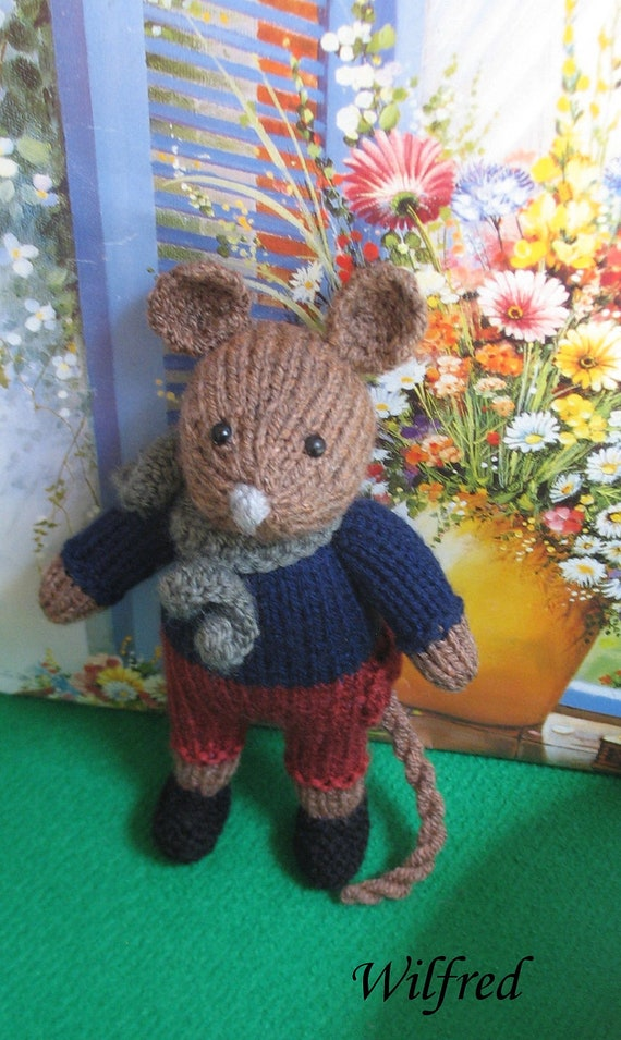 Wilfred    Knitted mouse boy doll   Real cute