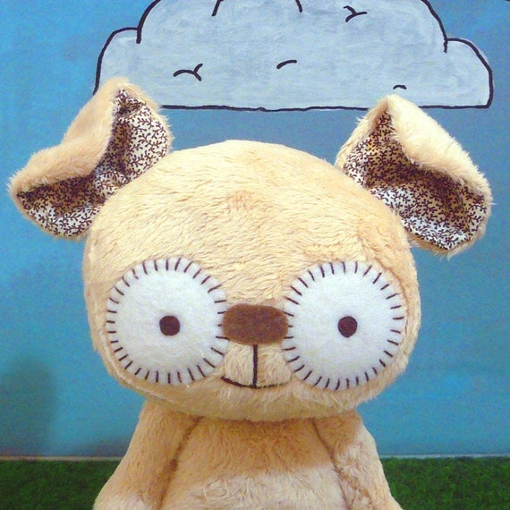 Huffington the beige monster- reserved for Ravienna