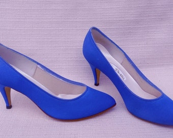 Electric Blue Dyeables Silk Pumps Size 7B High Medium Heels Party Shoes