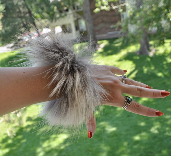 Real Wolf Fur Leather Bracelet