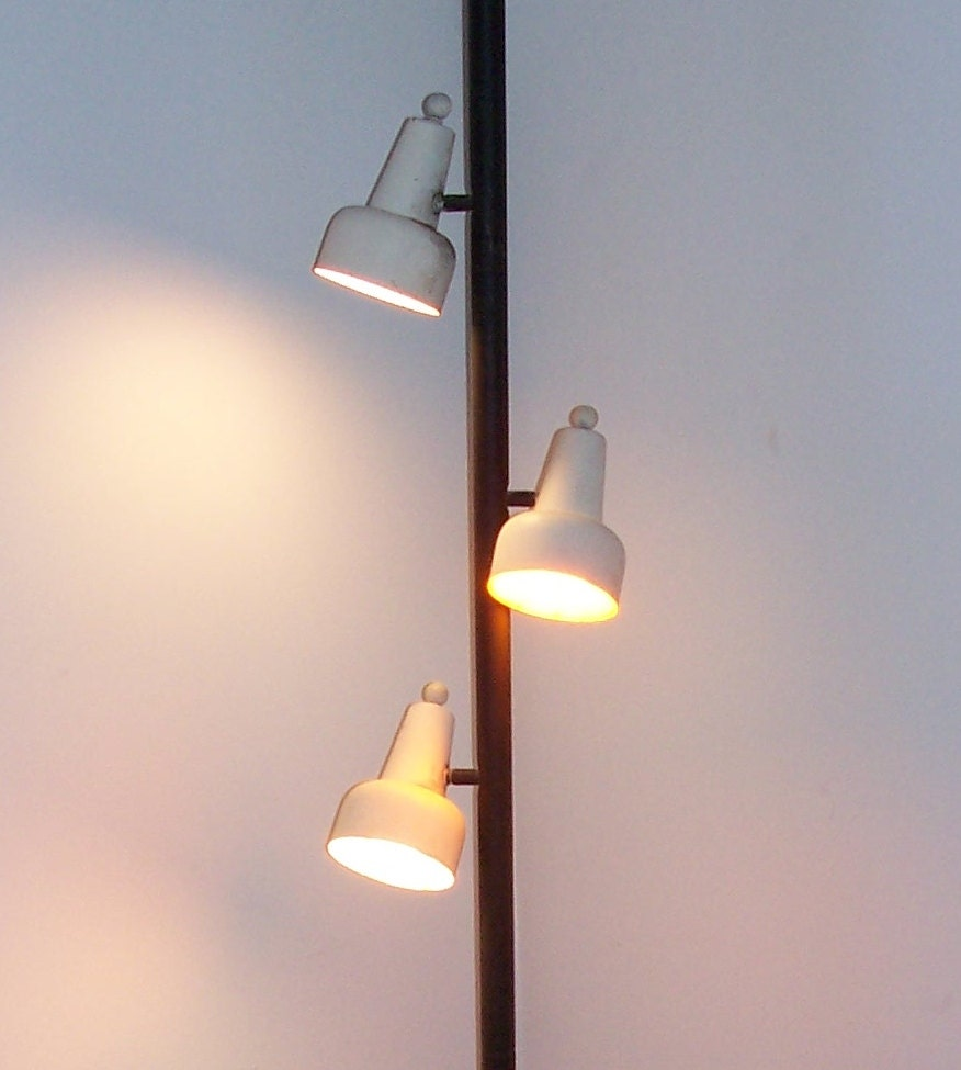 50s Tension Pole Lamp 8' Ceiling To Floor